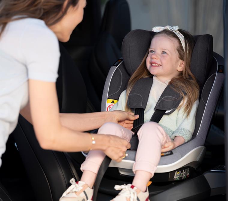 bilsete med liten jente, besafe bilsete