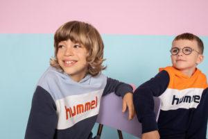 Hummel barneklær, to gutter